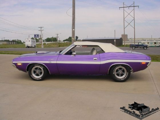 1970 chrysler corporation color plum crazy